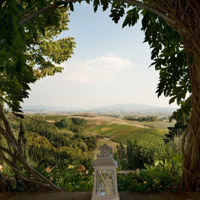 01-Pisan-Hills-Fabbrica-di-Peccioli1